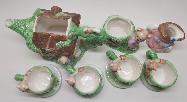 Vintage Children/'s Teddy Bear Tea Set Complete Not Miniature