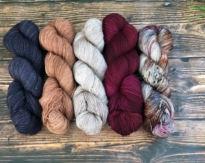 """Featured listing image: Hand dyed Fade Kit """"Nighthawk"""" 5 skein Fade kit"""