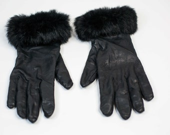 fe9e9d30b1c4 Fur trim gloves