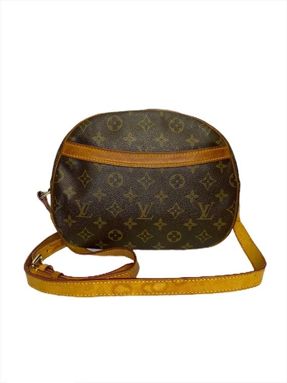 Authentic LV Louis Vuitton Monogram Crossbody Shou