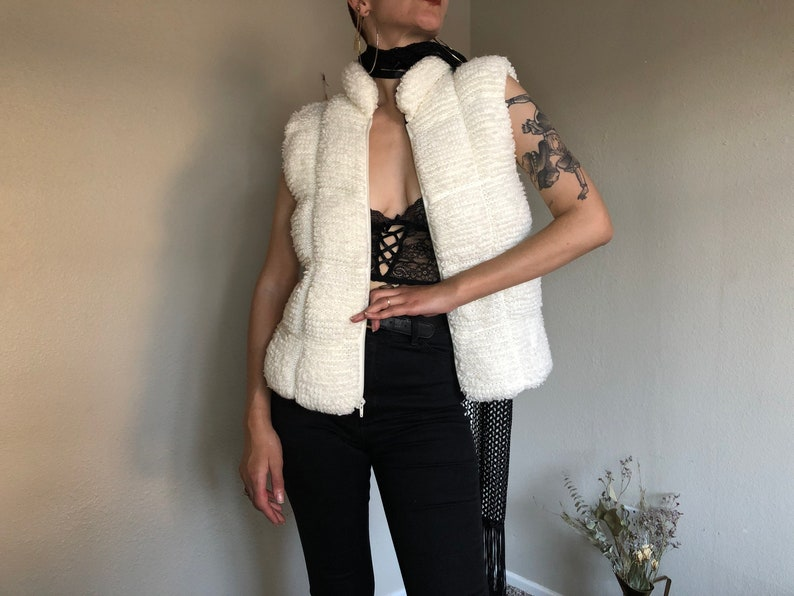 1970s White Quilted Knit Sleeveless Ski Sweater Vest