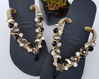 0a9f477710482a HAVAIANAS CRYSTAL Flip Flops with Shimmering Mixed Rhinestones – Model Black  Brown Crystal