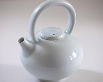 Blue Celadon Porcelain Teapot // ~ 20-22oz (~620ml)