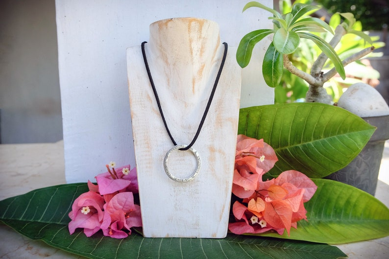 Ethical Fair Trade Jewelry Meditation Gift Bali Om SARASWATI Mantra Mandala Necklace Silver Silver Yoga Gift for Yoga Lovers