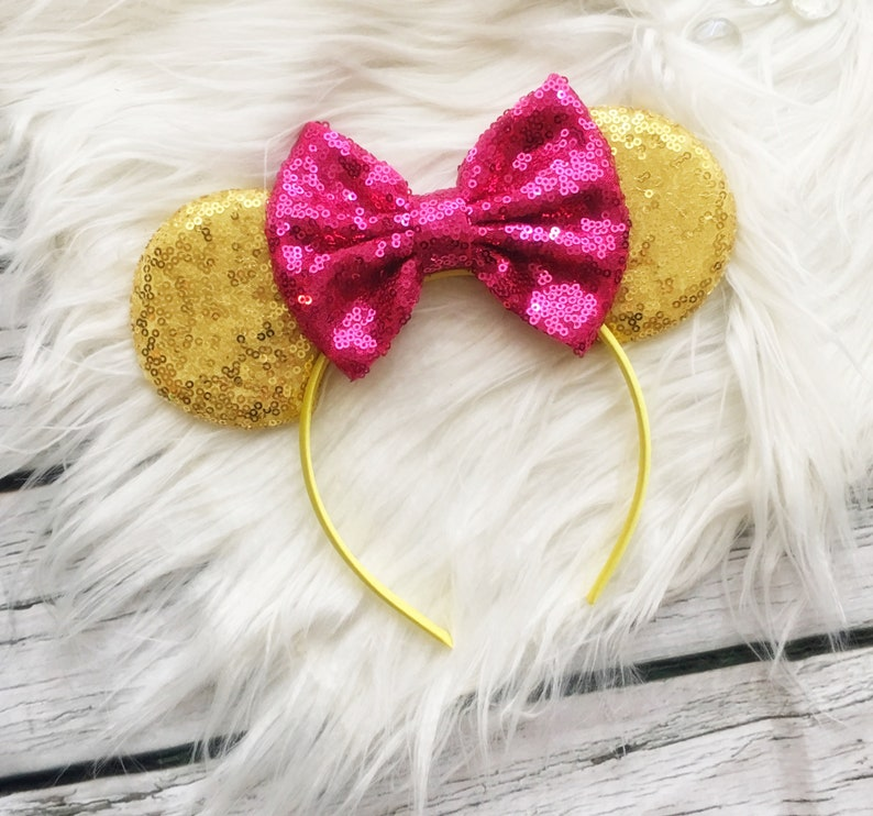 My first disney trip,Gold Minnie ears,Hot Pink sequins bow,Minnie ears,Mickey ears,Birthday Minnie cosplay,costume,girl,toddler,Mom