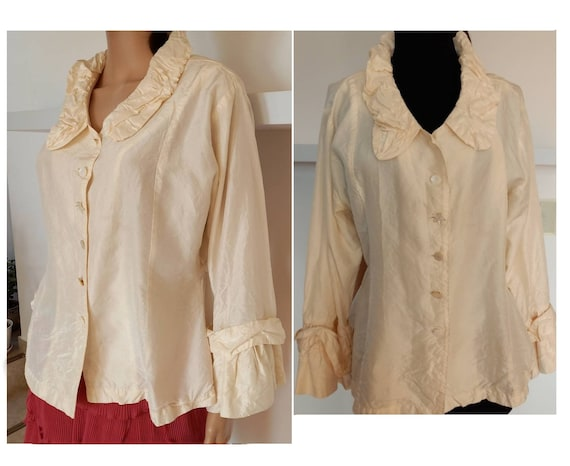 Made in USA Silk Blouse. Vintage women designer si
