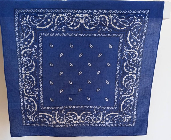 Blue print bandana /Paisley blue bandana / Facemas