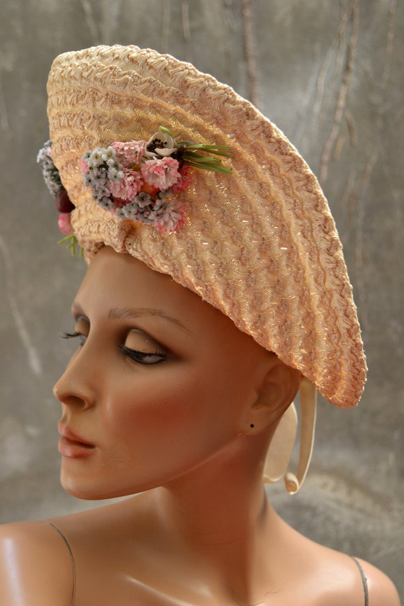 Hat 1940 - Halo oversize - set of bouquets of flow