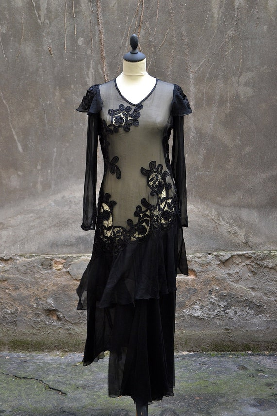 1930-evening dress-chiffon and embroideries-should
