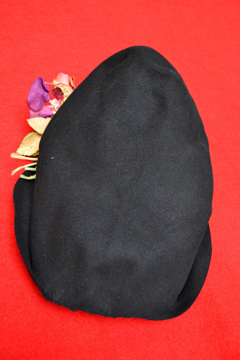restriction-40/'s fashion collector 1940 early 1940 black felt Hat ZAZOU Halo hat and bouquet oversize