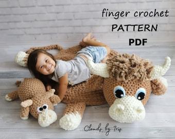 Bull baby rug   finger crochet pattern   PDF   Black Friday
