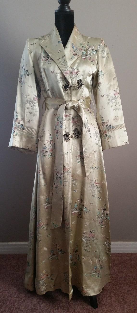 Vintage Ladies Satin Robe by San Salomon