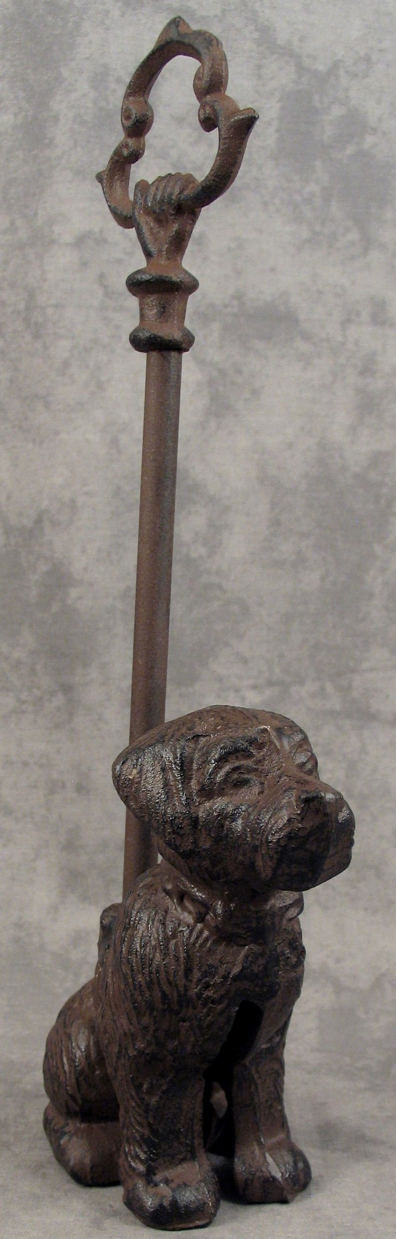 Architectural & Garden Antiques SITTING DOG Cast Iron DOOR PORTER DOORSTOP ~DECORATIVE CARRY HANDLE~