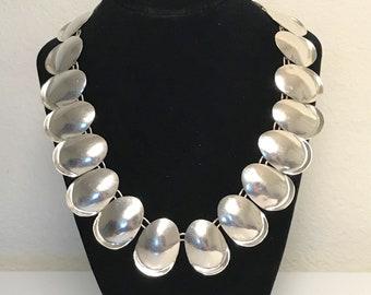 7de74cf7521a VTG Taxco Sterling Silver Modernist Necklace