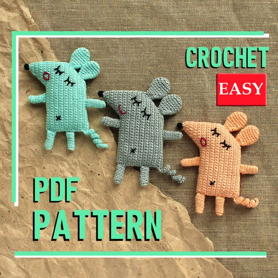 Crochet amigurumi mouse in pocket-Cute Gift Idea