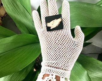 "Alternative engagement ring. Quirky art ring, Jan van Eyck ""Arnolfini Portrait"". Symbol of love ring. Pregnancy gift."