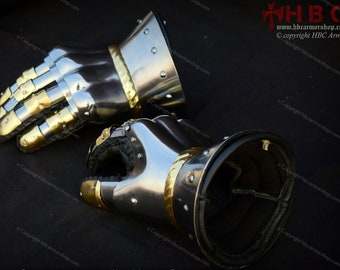 Hourglass Gauntlet With Brass Decoration for Medieval Reenactment/Role Plays/Medieval Armour/Medieval Costumes