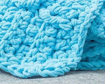 Braids and Twists Chunky Throw - Crochet Blanket Pattern (Printable PDF)