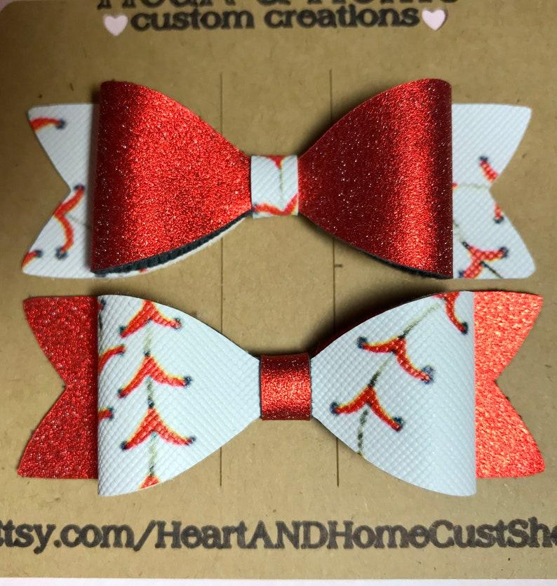 Adorable Baseball bow set