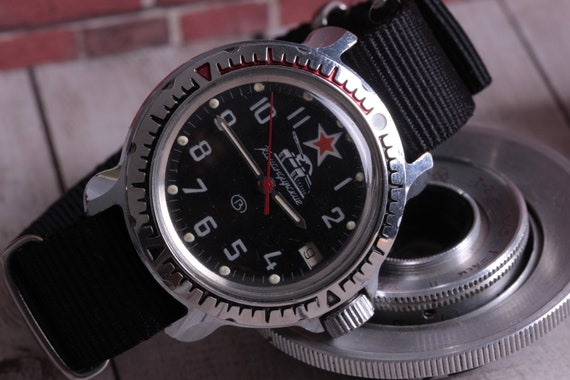 Vostok USSR Vintage Mechanical Komandirskie watch