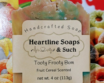 A round Fruit Cereal scented soap for the most sensitive skin