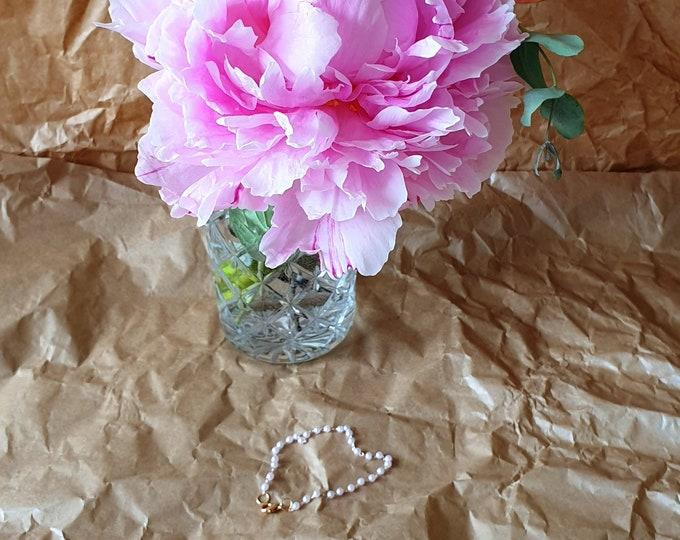 Summer wine pearl bracelet