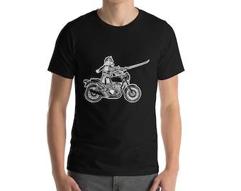 BellavanceInk: Samurai Warrior Riding a Vintage Motorcycle Short Sleeve T-Shirt