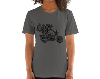 BellavanceInk: Devil and Woman Riding a Vintage Motorcycle Short Sleeve T-Shirt