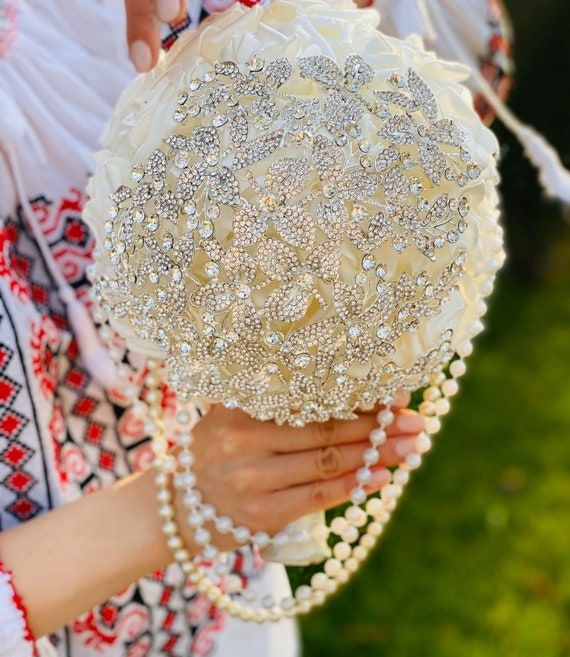 Brooch Bouquet Cascade Bridal Bouquet Crystal Silver Brooch Etsy
