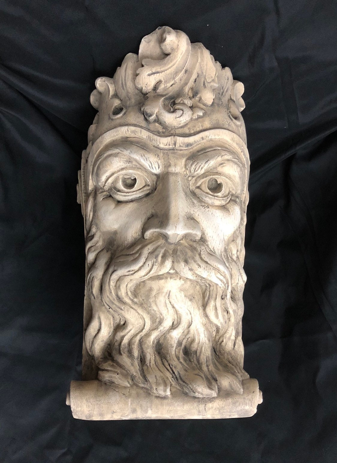 BEARDED MAN CORBEL GOTHIC ARCHITECTURAL ACCENT HOME DECOR VINTAGE REPRODUCTION