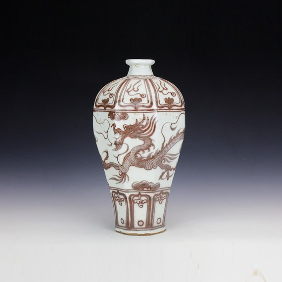 Red Chinese porcelain art antique Handmade 18th Century Ceramic snuff bottles collection