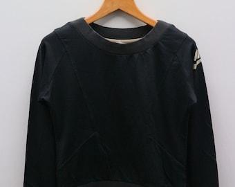 7c55f48bcb1b Vintage NIKE Small Logo Small Spell Sportswear Black Pullover Sweater  Sweatshirt Size L
