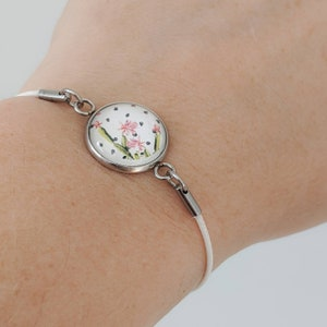 Nice bracelet for women or girls white string cabochon made with the polymer clay and resinWomens jewelrygrey and pink marble effect