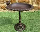 Vintage Cast Iron Freestanding Wild Robin Bird Bath Water Feeder Garden Ornament