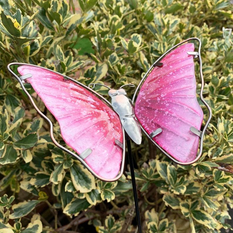 Pink Glass Butterfly Outdoor Garden Decorative Metal Stake Ornament  Sculpture