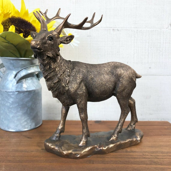 Carved Wood Effect Deer Stag Gift Figurine Ornament Figure