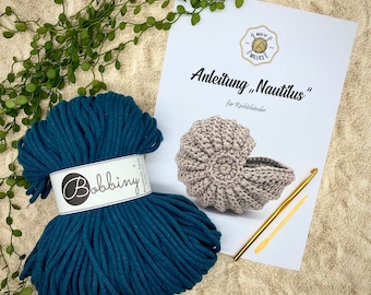 DIY-Nautilus in your desired color incl. instructions, crochet and stuff needle; perfect as a birthday present or for yourself; DIY Set