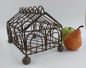 Vtg Miniature 6x10 quot Garden Conservatory Metal Wire English Lid Greenhouse Fairy