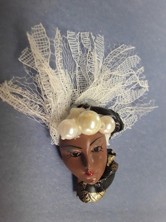 LADY Pin PEARL HAT Broach Vintage - image 1