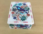 White Marble Jewelry Storage Box Bird Multi Marquetry Floral Inlay Beautiful Design Occasional Christmas Gift Decor