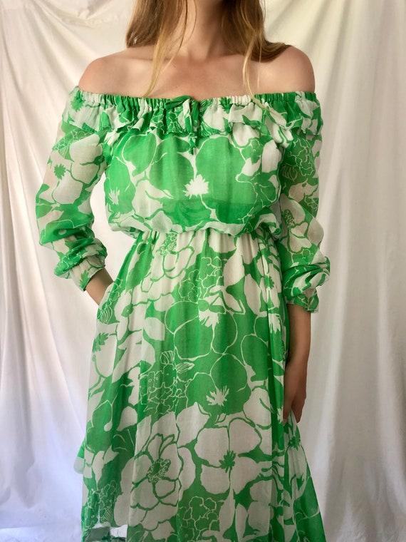 70s Green Floral Print Dress | Ruffle Collar & Po… - image 3