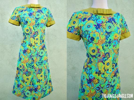 Vintage 1960s Green Tapestry Dress / Metal Zipper