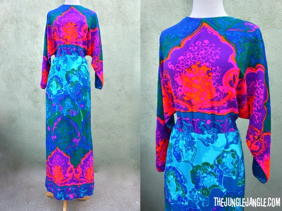 Vintage 1960s Psychedelic Long Sleeve Maxi Dress … - image 1