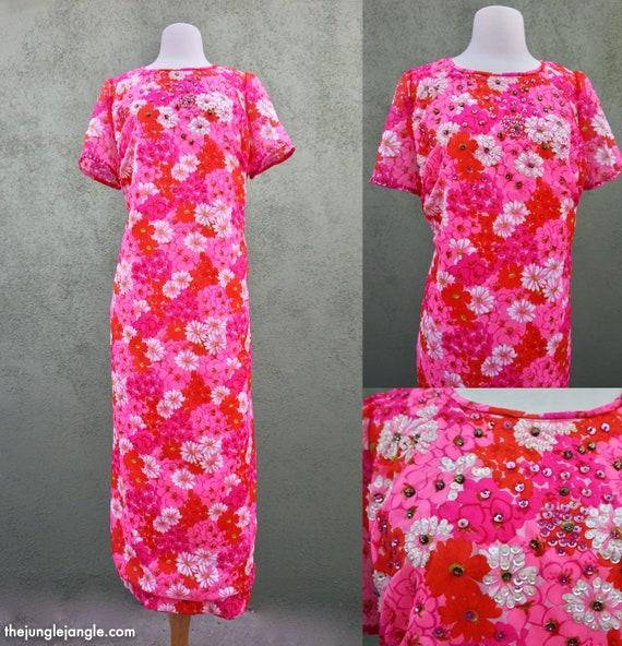 Vintage 1960s Pink Daisy Print Short Sleeve Maxi D