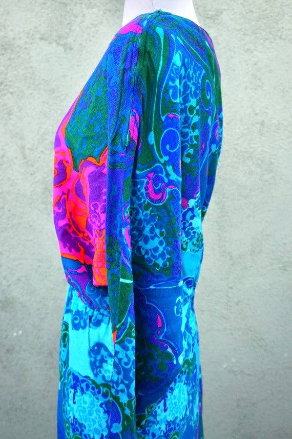 Vintage 1960s Psychedelic Long Sleeve Maxi Dress … - image 7