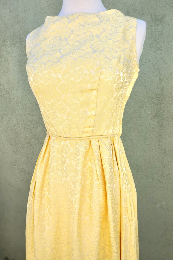 Vintage 1960s Yellow Sleeveless Maxi Formal Dress… - image 9