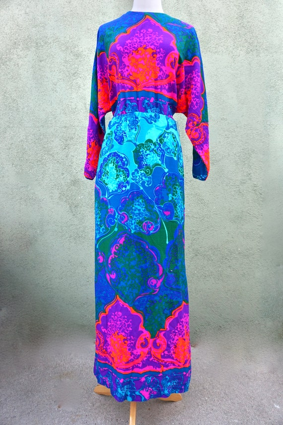 Vintage 1960s Psychedelic Long Sleeve Maxi Dress … - image 4