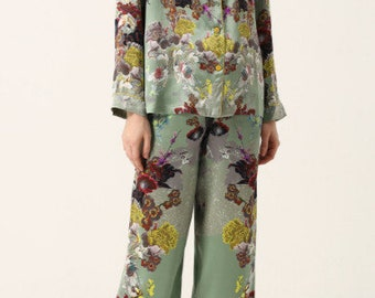 ccf7183fcf25 Silk Pajamas with Meng Contrast Print