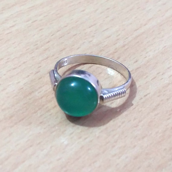 7.45 Natural Green Onyx,Wire Wrapped Ring,Ethnic Jewelry Handmade Gemstone Ring,Vintage Jewelry Ring,Gold Plated Jewelry,Size