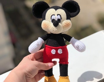 Mickey Mouse Bonnie - Crochet Pattern » No.1 By HavvaDesigns | 270x340